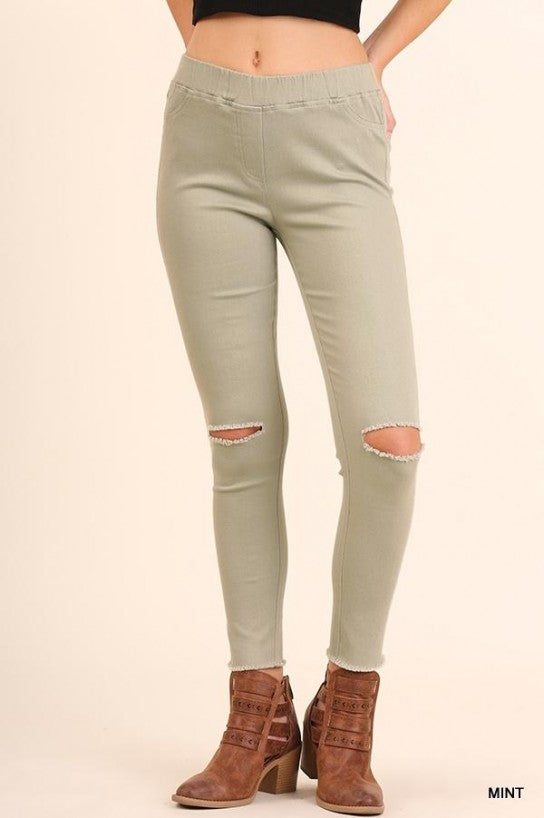 High Waist Knee-Cut Jeggings - Model (Front)