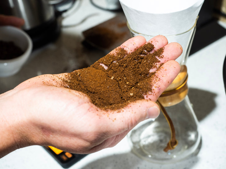 5 REASONS WHY YOU SHOULD GRIND YOUR OWN COFFEE
