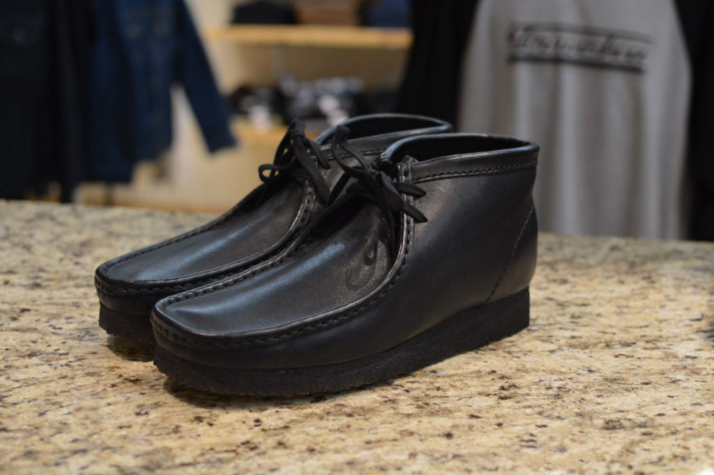 Clark's Wallabee Boots - Black Leather