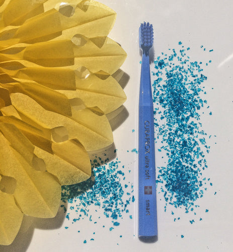 Curaprox Smart Toothbrush Summer Sky Mediterranean Blue and Ultra-Marine Blue