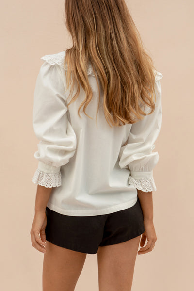 PEPPER BLOUSE - ANTIQUE WHITE
