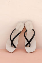 SOPHIA SANDALS - BLACK LEATHER