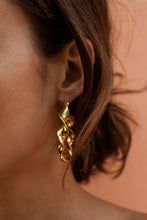 SOKO JOY STATEMENT HOOPS