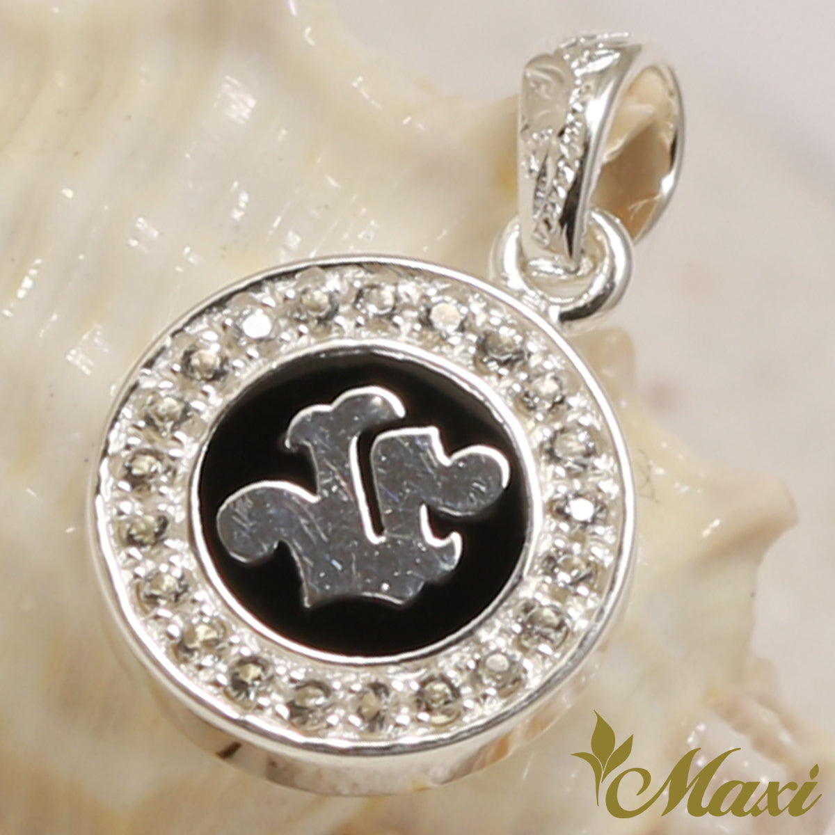 Silver 925 round initial pendant with crystal stone setting hand silver 925 round initial pendant with crystal stone setting hand engraved traditional hawaiian design mozeypictures Gallery