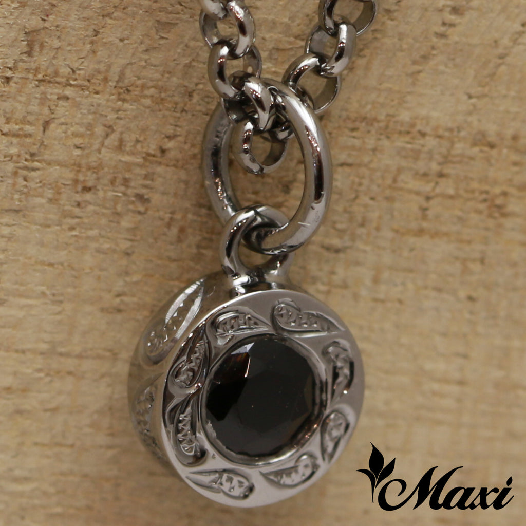 [Black Chrome Silver 925] PoePoe Round Pendant with Onyx Stone-Hand Engraved Traditional Hawaiian Design (P0903)