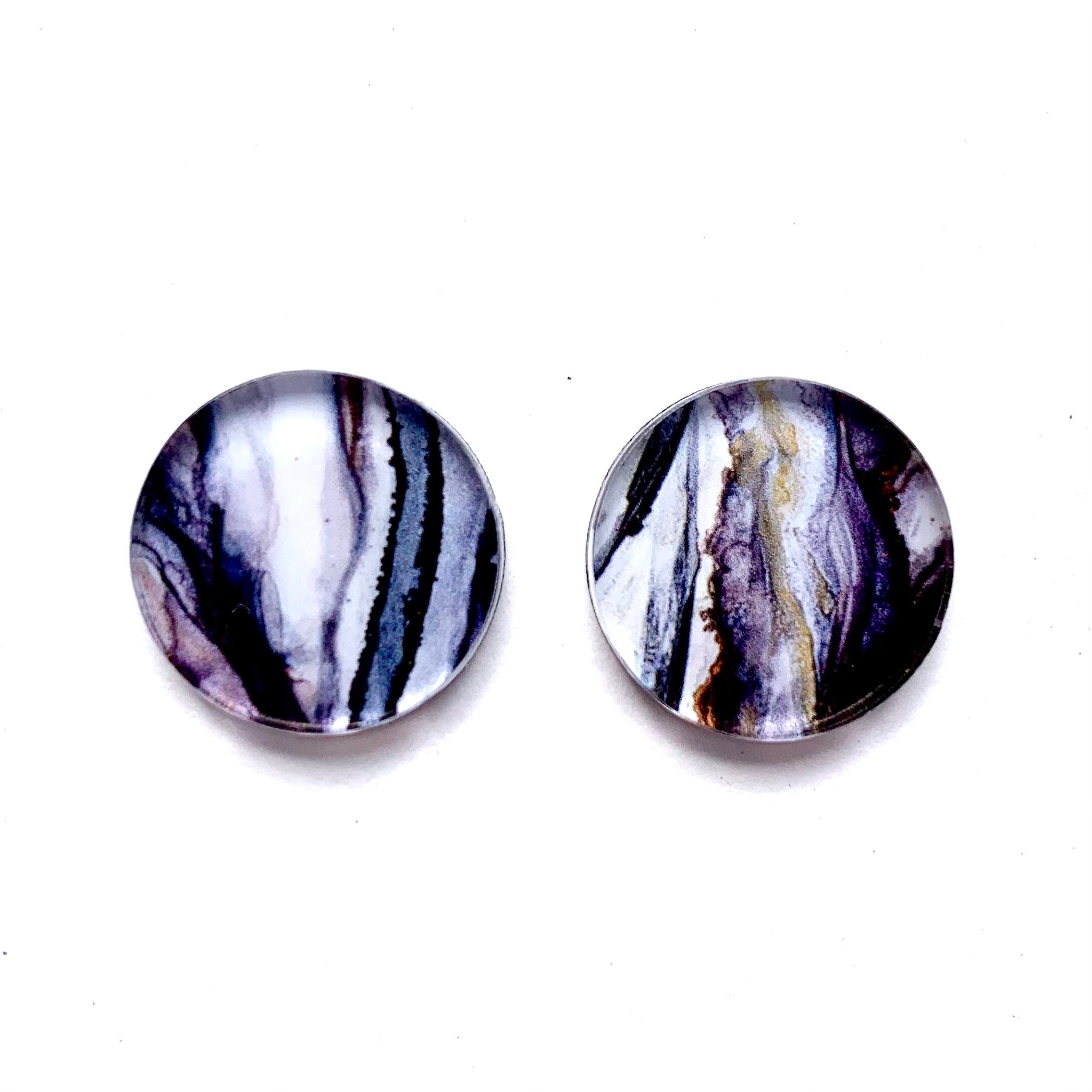 """Ghostly Gum"" Small Round Studs"