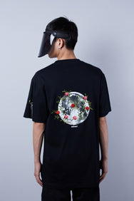 Moon Floral Tee (ムーンフローラル Tシャツ)