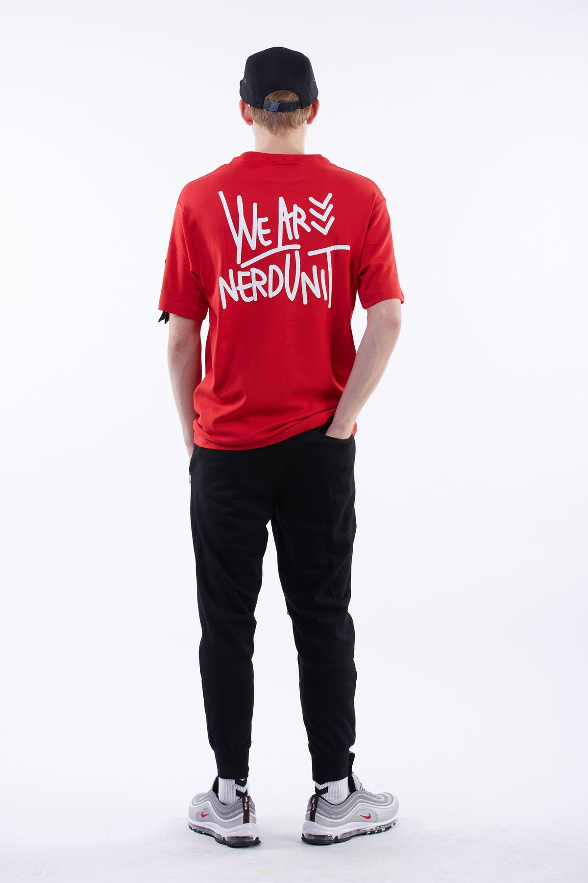 WE ARE NERDUNIT T-Shirt ( レッド )