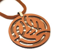 LEATHER 3D CIRCLE NECKLACE