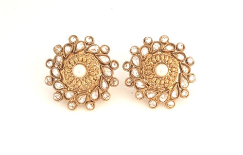 ANTIQUE GOLD DIA STUD WITH PEARL STUDS