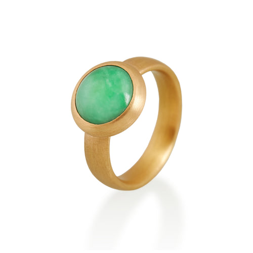 Circular Jade Ring, 22ct gold