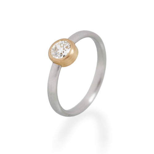 Anitque Brilliant Cut Diamond Ring, Platinum & 22ct Gold