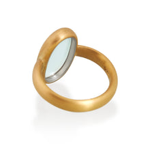 Large Oval Moonstone Ring, 22ct Gold
