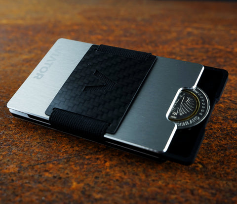 Slim Minimalist Wallet & Card Holder | Brushed Silver