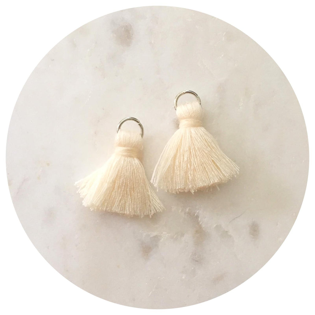 20mm Mini Cotton Tassels - Cream - 2pack - L4616