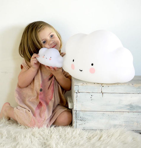Little Fashion Addict - A Little Lovely Company - grote wolklamp - sfeerfoto