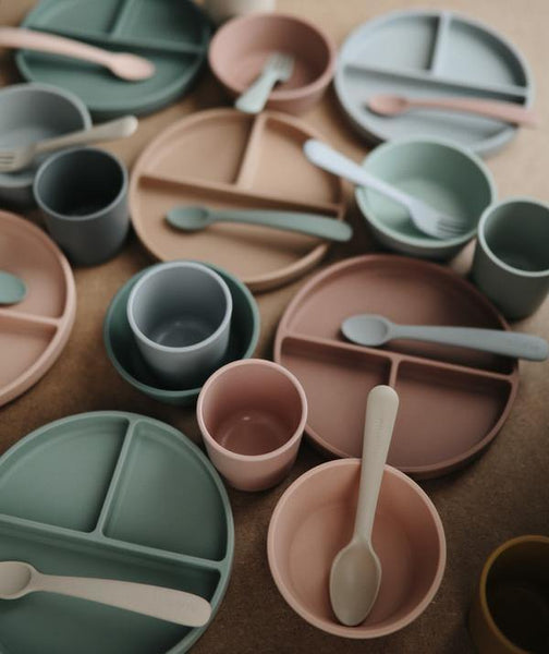 Little Fashion Addict - Mushie - Siliconen dinnerware
