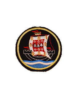Davenant School Badge