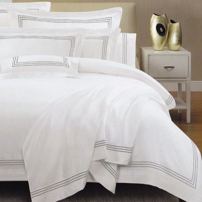 Hotel Quality - 1000TC Grey Embroidery Line on White Duvet / Quilt Cover set - Available in Queen, King, Super King and Accessories