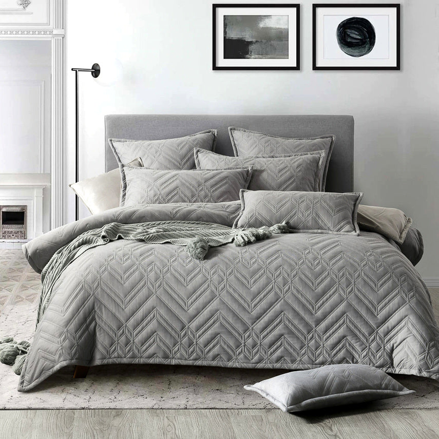 Bronx Grey Quilt Cover Set