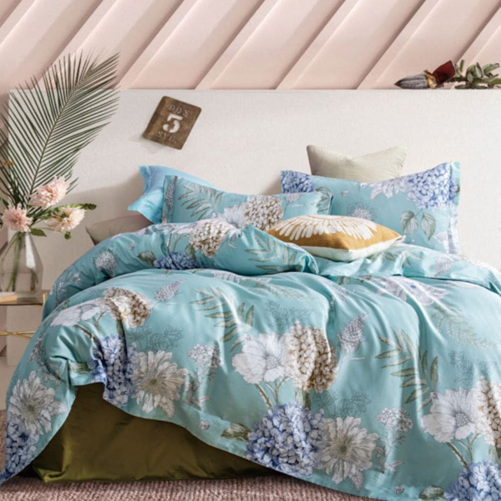 pastel aqua blue in queen, king and super king quilt cover set