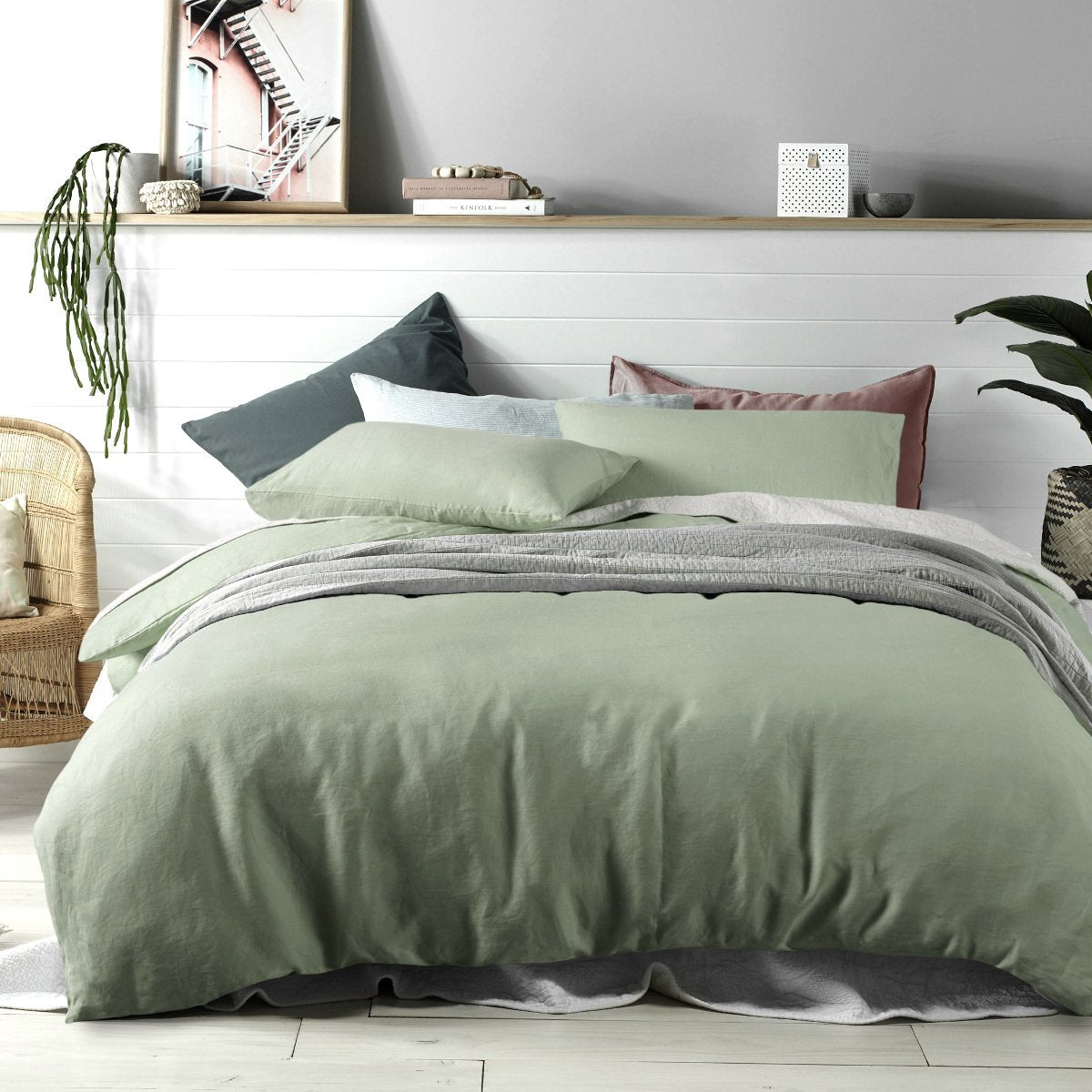 100% Linen sage green duvet cover set. Vinatge wash linen quilt cover set