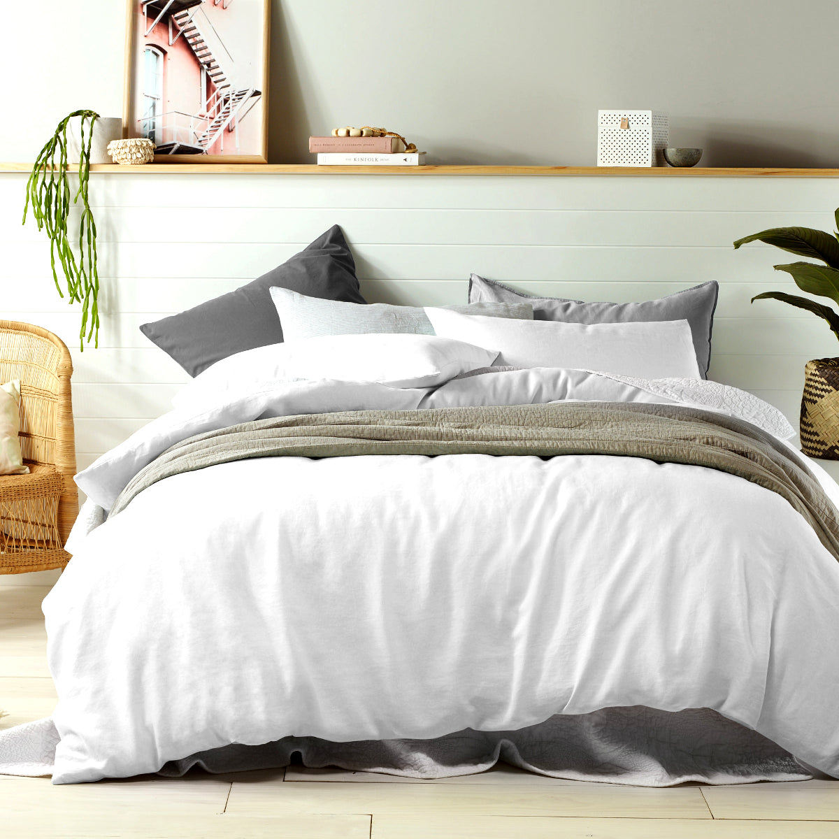 White - 100% LINEN Quilt Cover Set