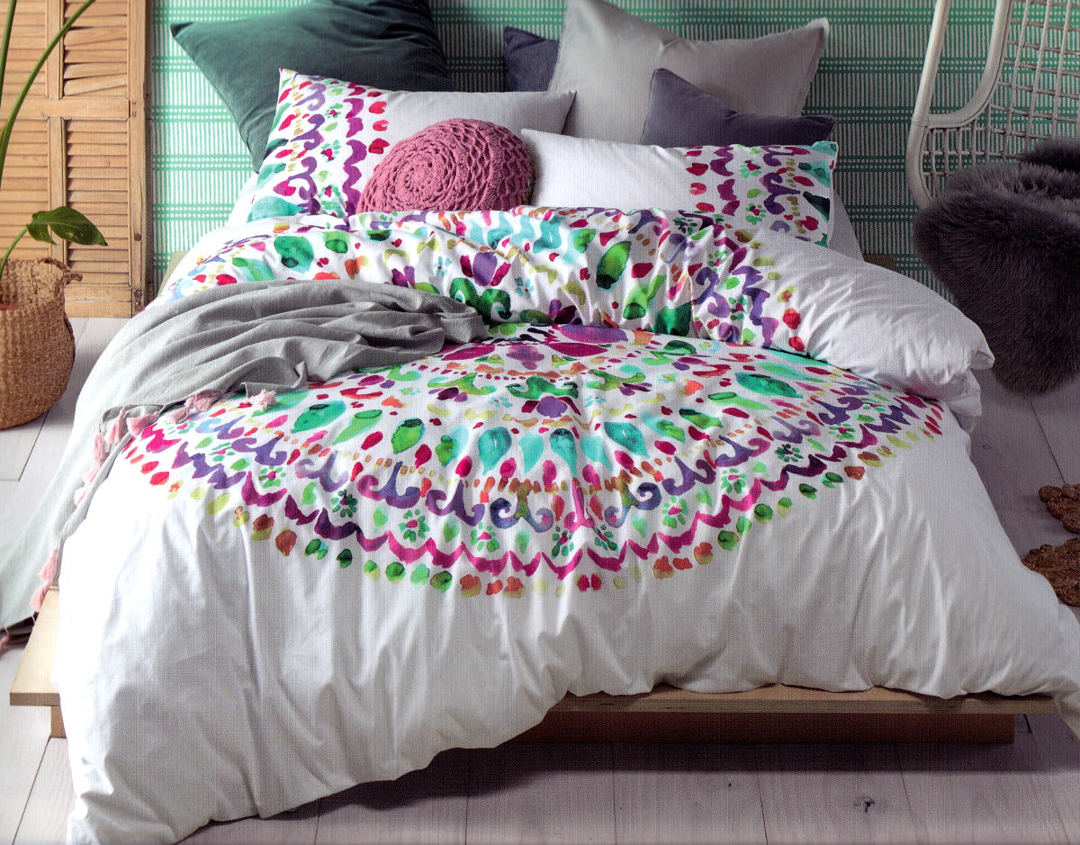 100% cotton duvet cover set. White and mandala quilt cover set.