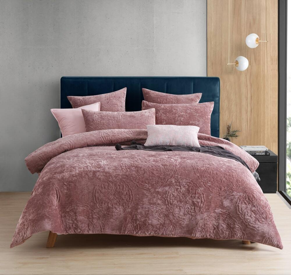monroe quilted pink quilt cover set queen king super king