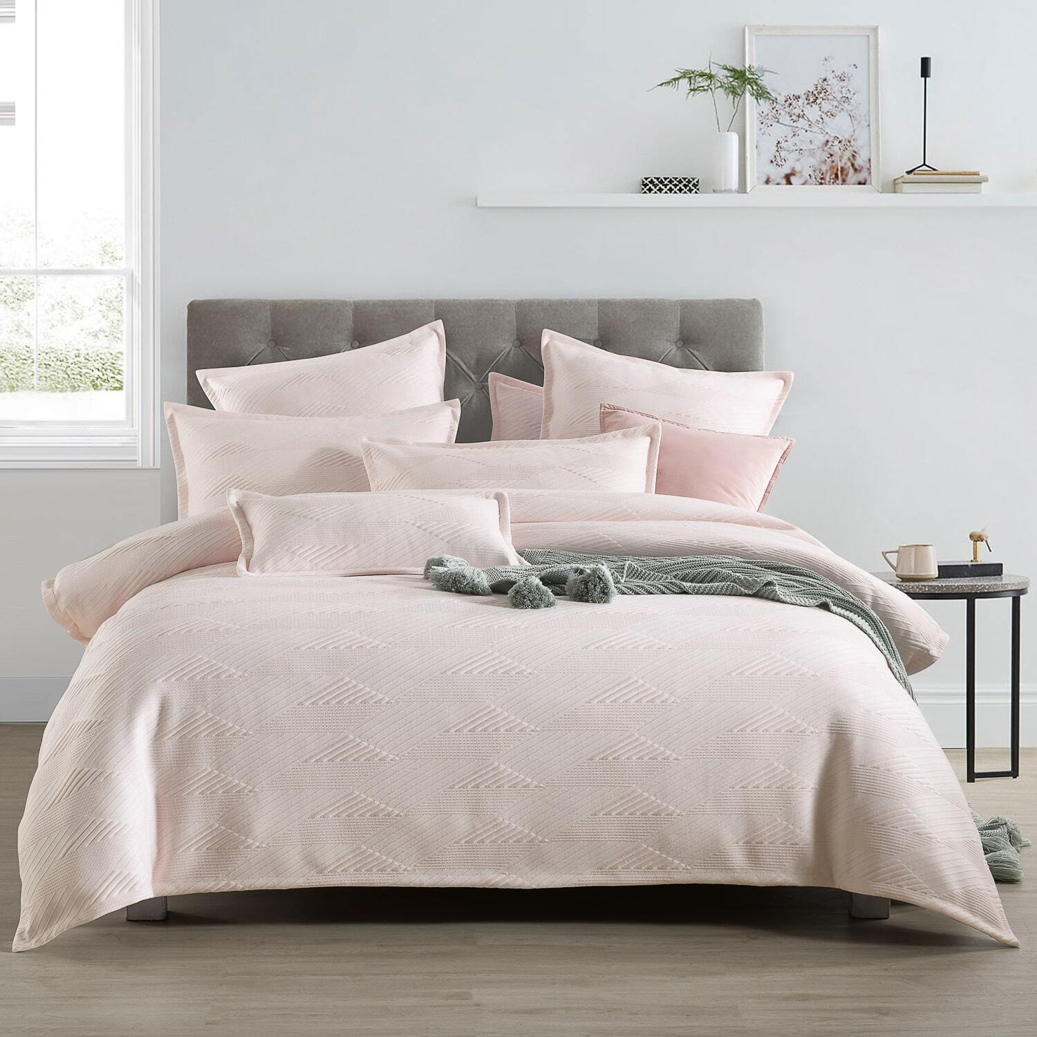 Vermont Light Pink Quilt Cover Set