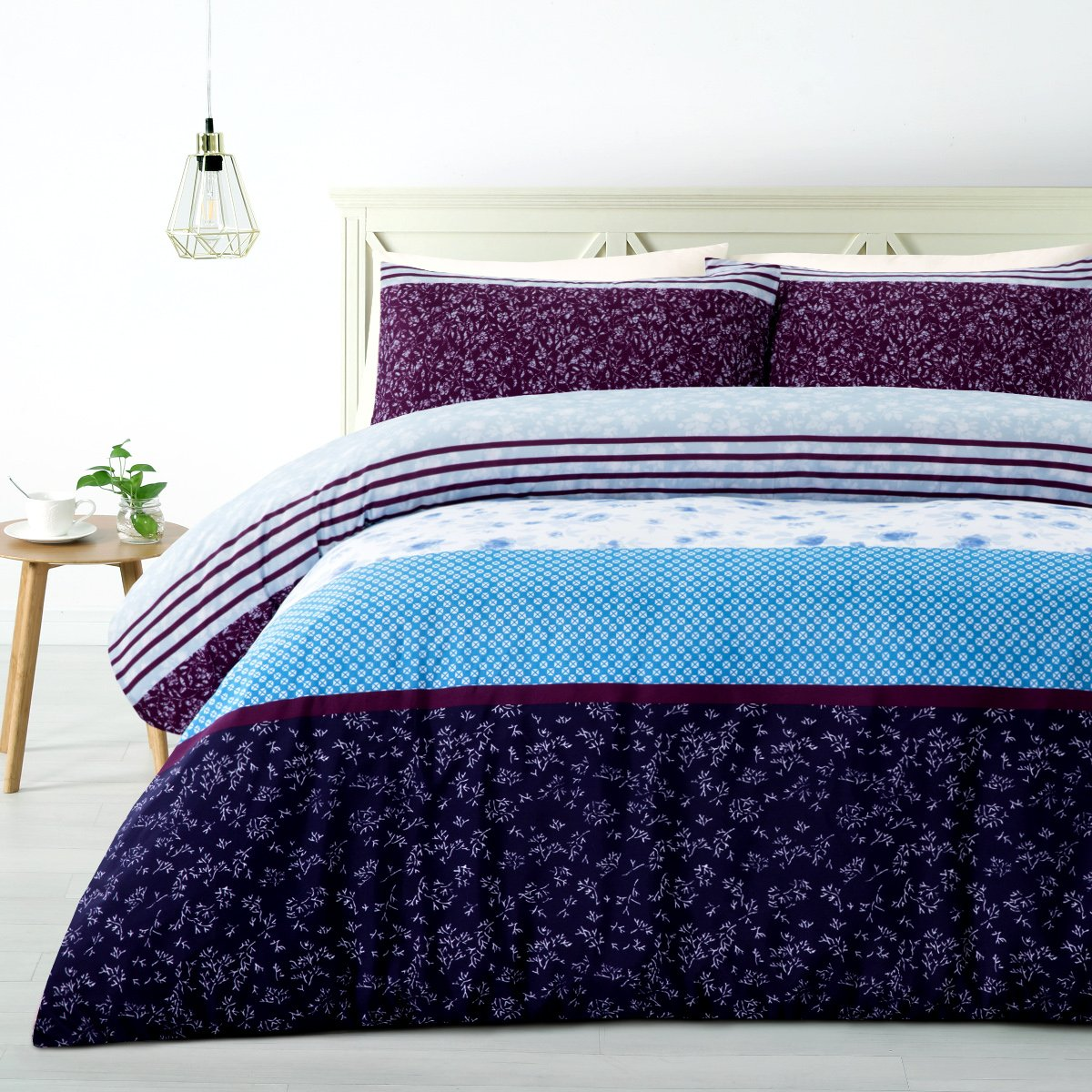 Purple, white and blue duvet cover set. 180TC soft feel polyester quilt cover set.