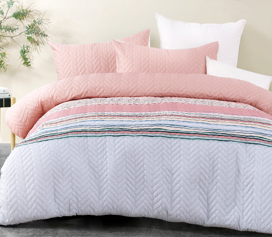 Cora Quilted Effect Quilt / Duvet Cover Set
