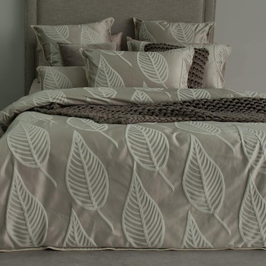 Jaxon mocha quilt cover set. Luxury Jacquard duvet cover set.