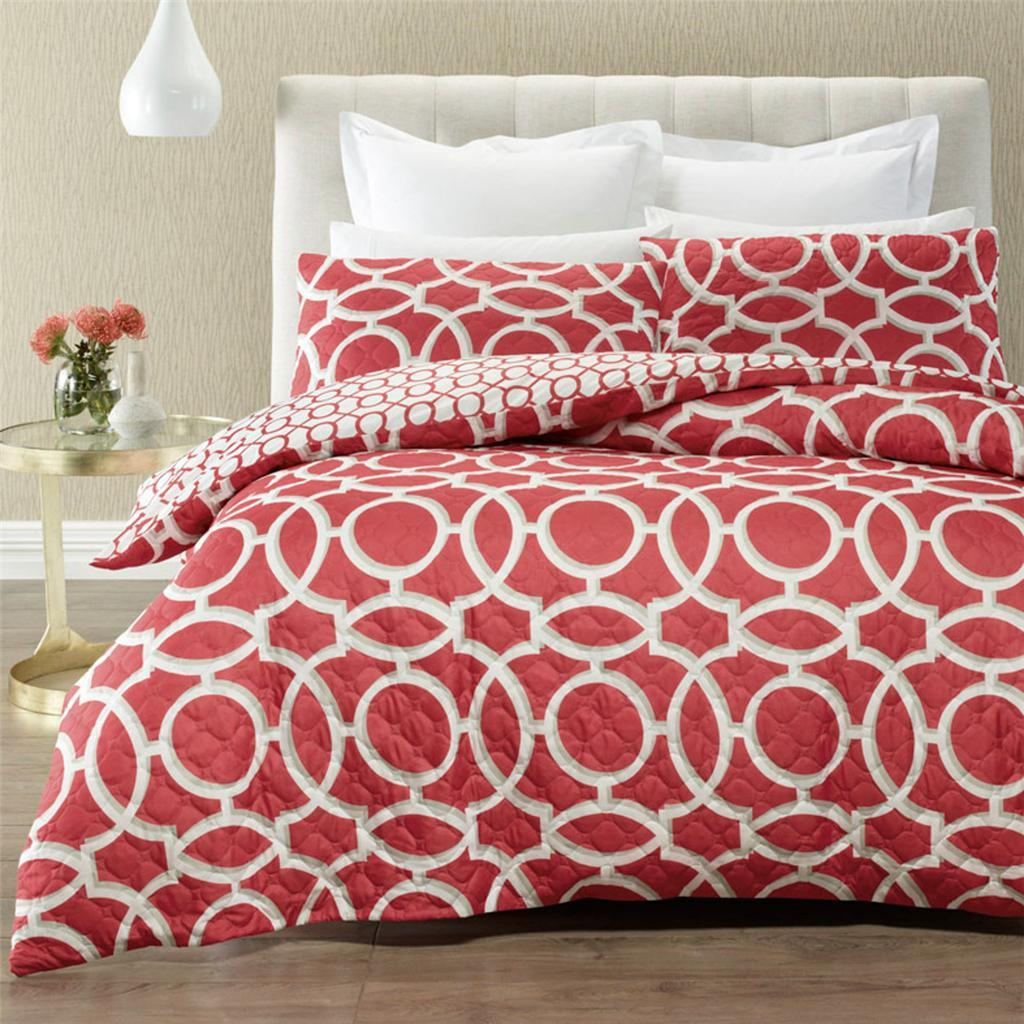 Mandarin quilted effect quilt cover set. Reversible duvet cover set.