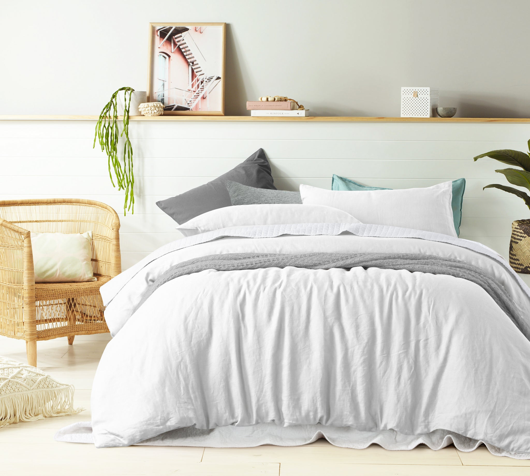 White - 100% Pure Linen Quilt Cover Set
