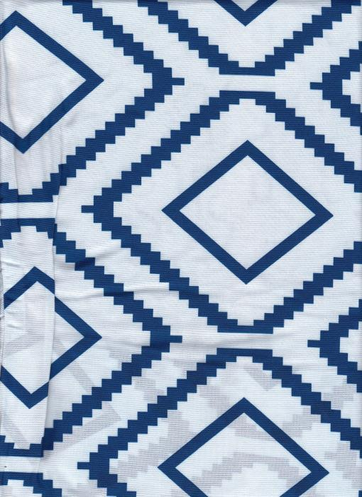 Quilted Effect fabric with Blue and white stunning print features on this quilt cover set. Reversible duvet cover set.