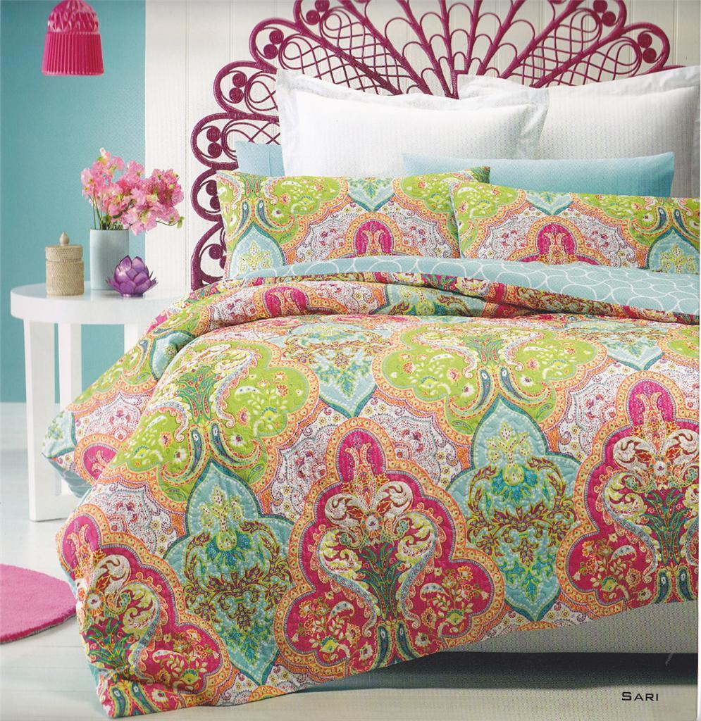 Quilted Effect Printed Aqua Pink Duvet Cover Set with 2 pillowcases