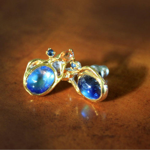 Designer 925 silver earstuds with blue spectrolite cabochon, sapphires