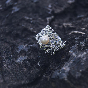 Filigree baroque 925 silver freshwater pearl ring, coral shape band