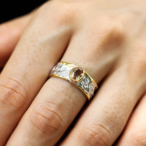 Classic carved 925 silver ring - gold edges and champagne tourmaline