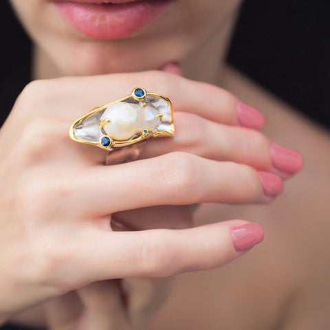 Big silver boho ring with gorgeous baroque pearl and small sapphires