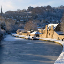 Load image into Gallery viewer, Bath in snow - Zuleika Henry