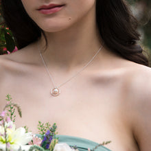 Load image into Gallery viewer, Pearl Circle Bridesmaid Necklace