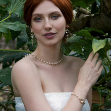 Load image into Gallery viewer, Statement bridal jewellery
