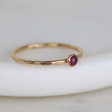 Load image into Gallery viewer, 14kt Gold Birthstone Ring