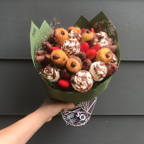 "Edible Bouquets Adelaide Lunch Bunch ""Velvet Chocolate"""
