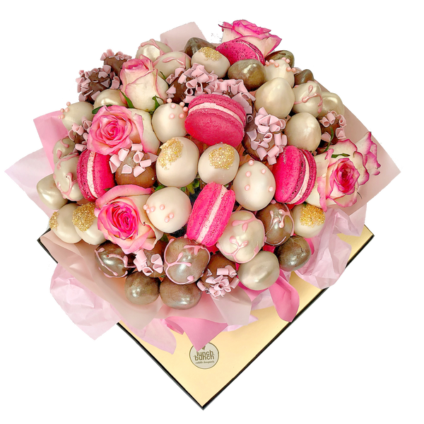 Blooms & Macarons Chocolate Bouquet