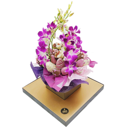 Orchids & Chocolate Strawberries Bouquet