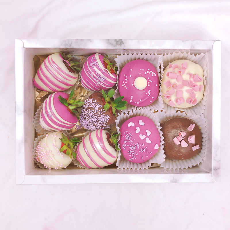 Gourmet Donuts & Strawberries Dessert Box