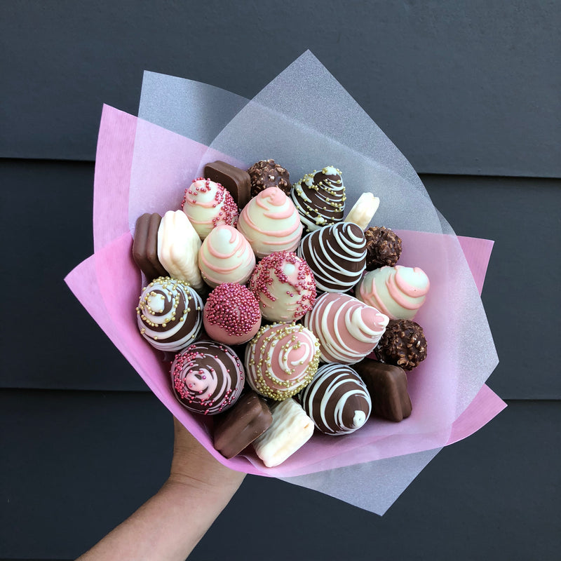 """Baby Girl"" Chocolate Strawberries Bouquet"